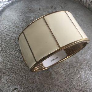 Jewelry - BANANA REPUBLIC CREAM BANGLE BRACELET